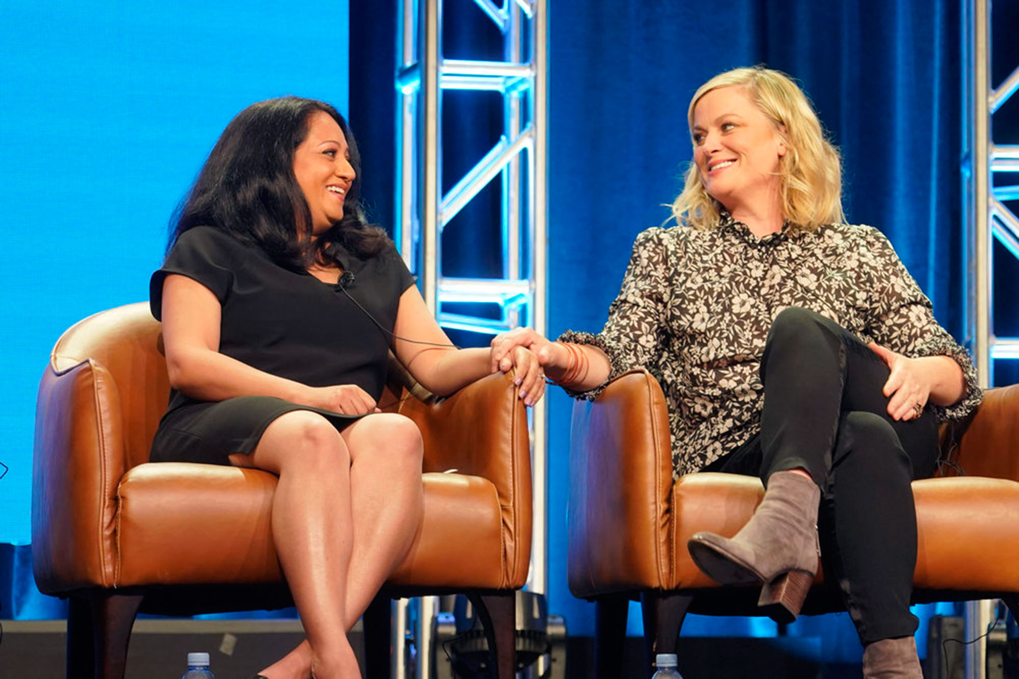 """Aseem Batra Amy Poehler - NBCUniversal Press Tour, August 2018 — NBC's """"I Feel Bad"""" Panel — Pictured: (l-r) Aseem Batra, Executive Producer; Amy Poehler, Executive Producer"""