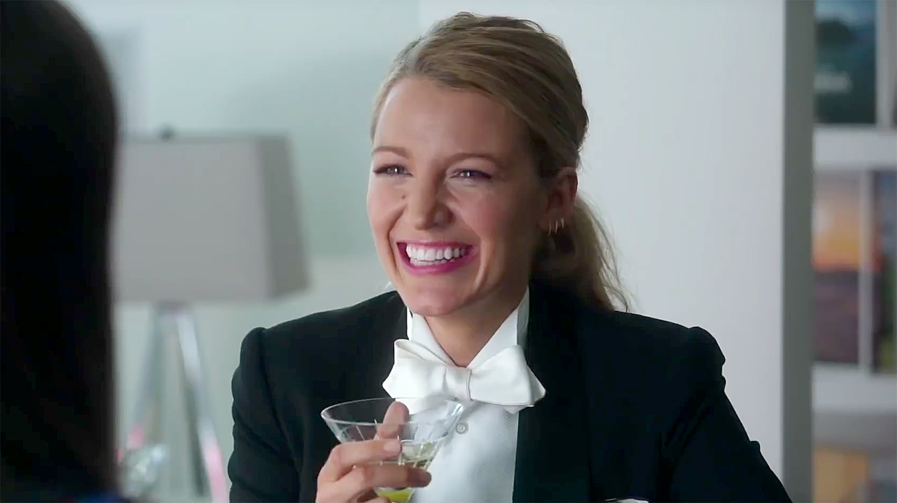 2f9915cd0bb4 How to Make a Real Gin Martini Like the One Blake Lively s Character Drinks  in  A Simple Favor