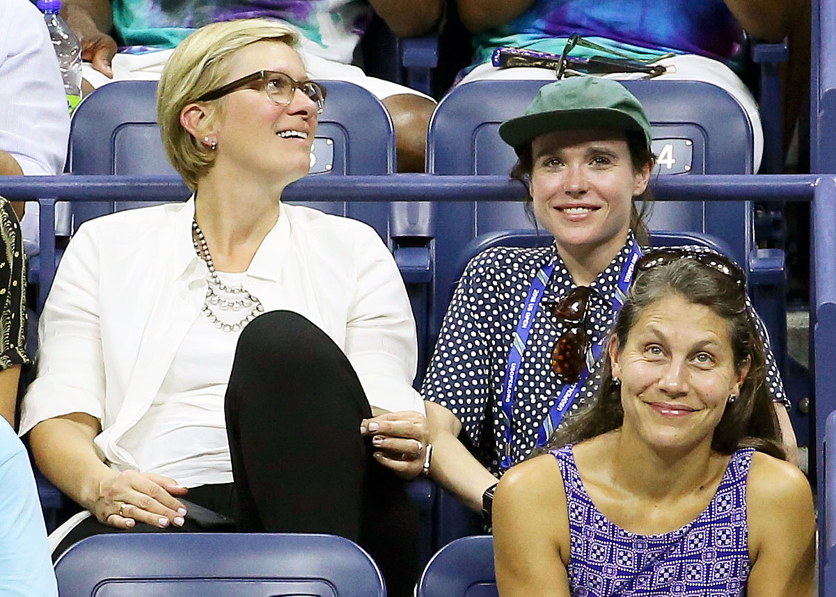 Ellen Page Us Open 2018 - Page watched friend Serena Williams as she defeated Carina Witthoeft on August 29.