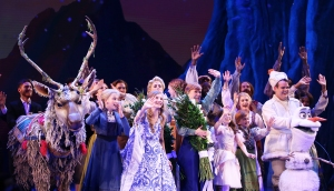 'Frozen' Broadway Actor Rips Trump Flag Out of Audience Member's Hand: 'I Will Not Apologize'