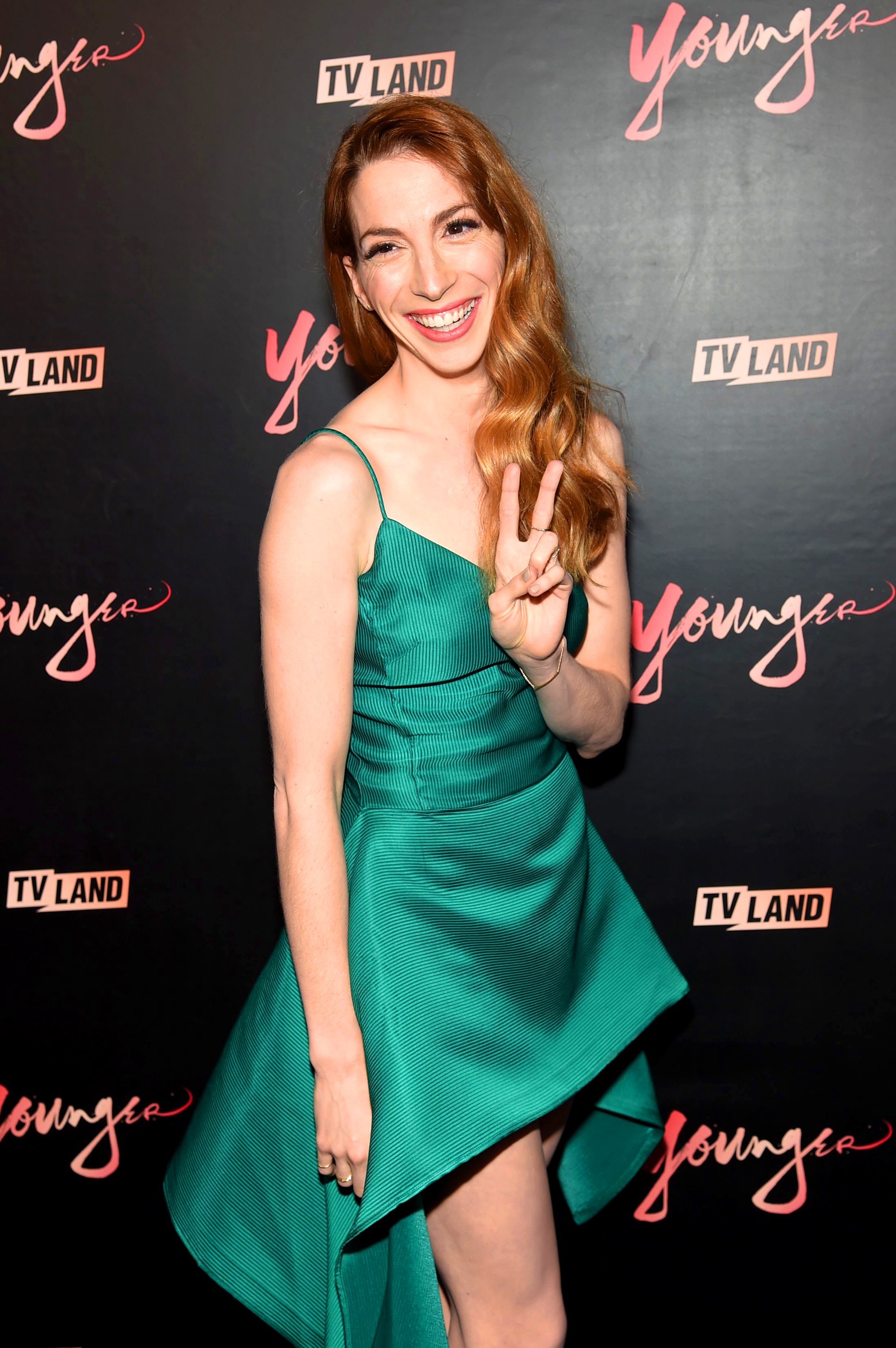 The Stars Joining Fall TV - Younger ' s sassy BFF is scrubbing up for NBC's Chicago Med . Molly Bernard plays Elsa Curry, a med student who butts heads with her fellow doctors since her motives differ from most of the staff at Med – since she's going into Bio-Med, patient care isn't of interest to her.