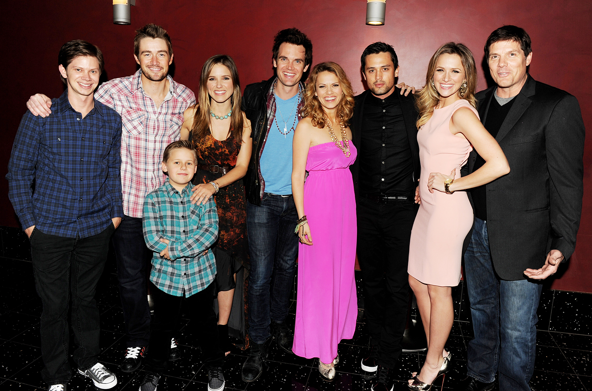 """Paul Johansson Hosts One Tree Hill Reunion Panel - Lee Norris, Robert Buckley, Jackson Brundage, Sophia Bush, Tyler Hilton, Bethany Joy Galeotti, Stephen Colletti, Shantel VanSanten and Paul Johansson pose at The CW's presentation of """"An Evening with One Tree Hill"""" at the Arclighht Theater on January 5, 2011 in Los Angeles, California."""