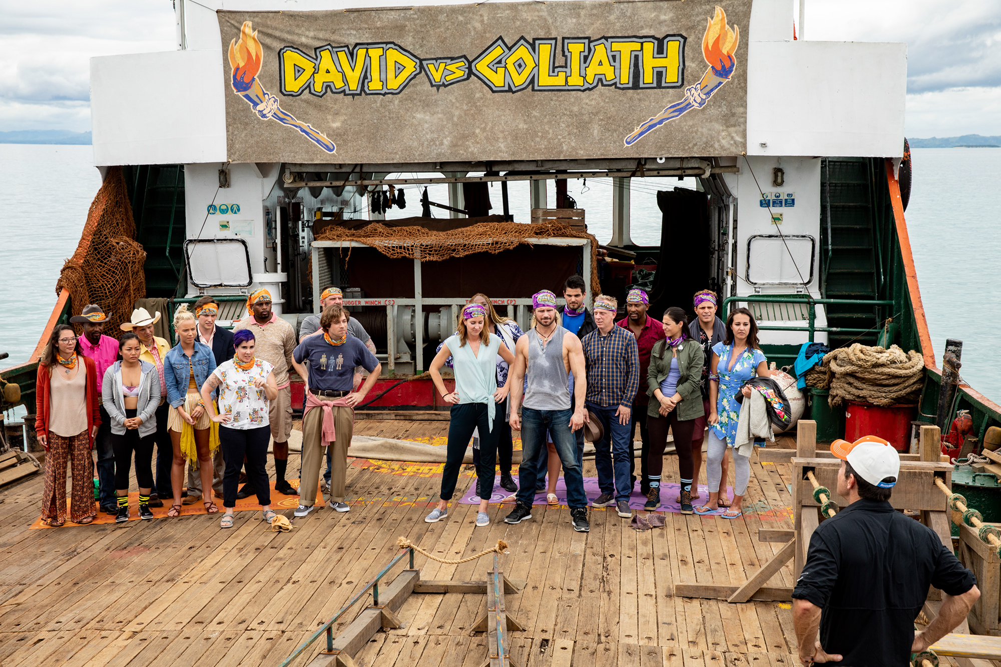 Jeff Probst addresses the David and Goliath Tribes