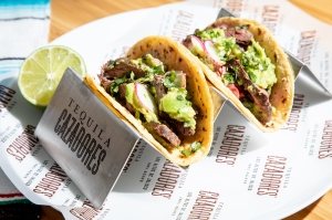 'MasterChef' Judge Aarón Sánchez's 'Perfectly'Blended Carne Asada Tacos Are the Ideal National Taco Day Meal