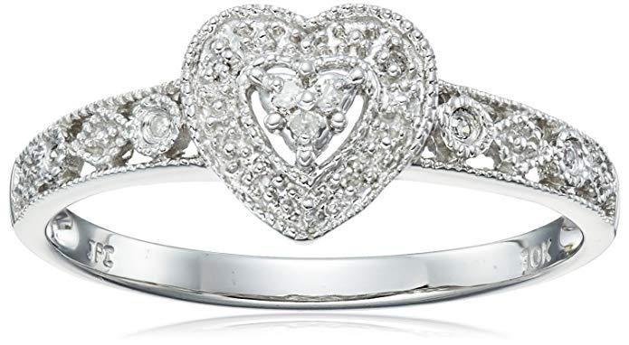 Amazon Collection 10K Gold Diamond Heart Ring