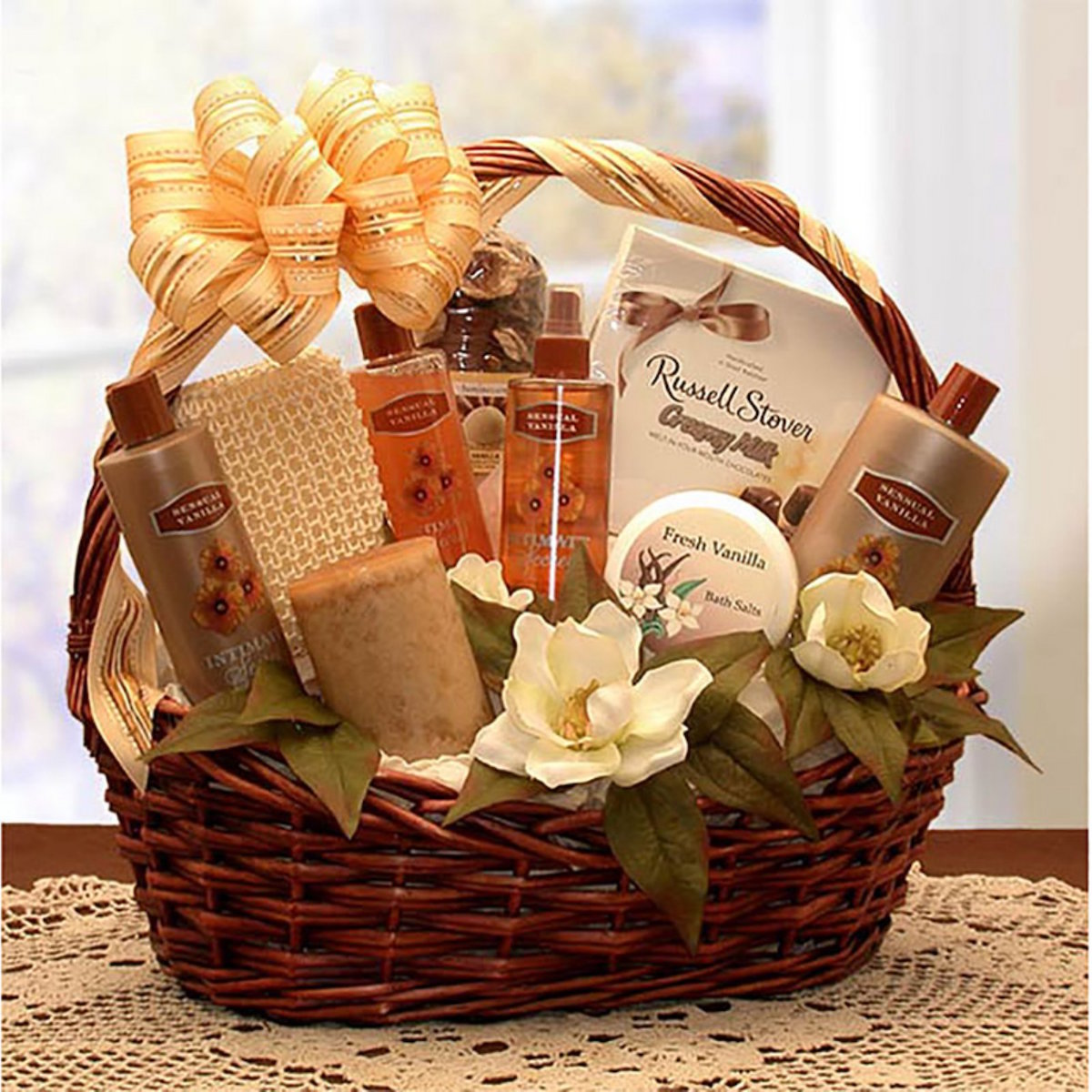 Hayneedle Essence of Luxury Bath Gift Basket