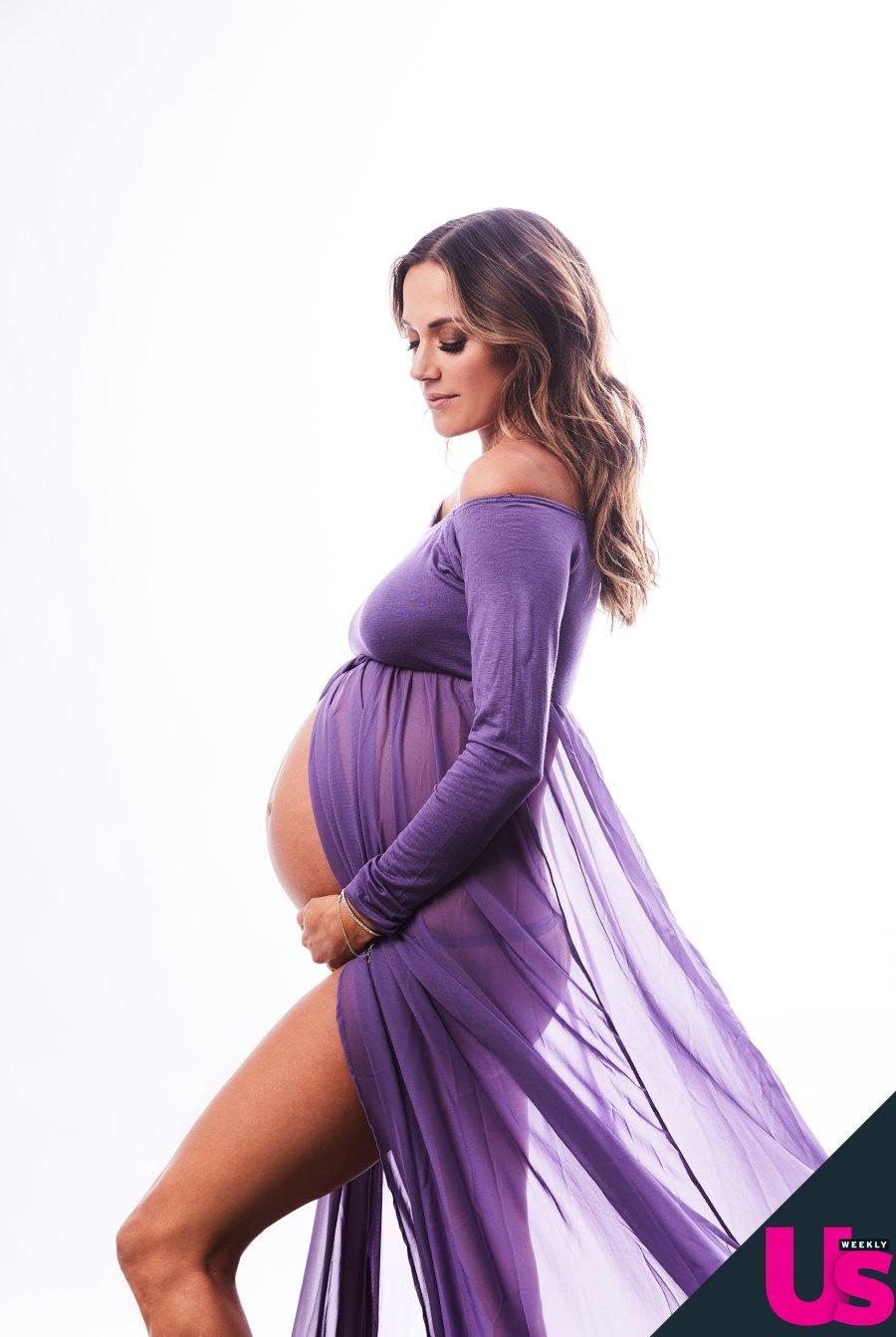 Jana Kramer pregnancy pics exclusive