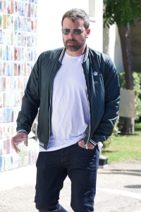 Ben Affleck Attends Church Service With Jennifer Garner Amid His Treatment for Alcoholism