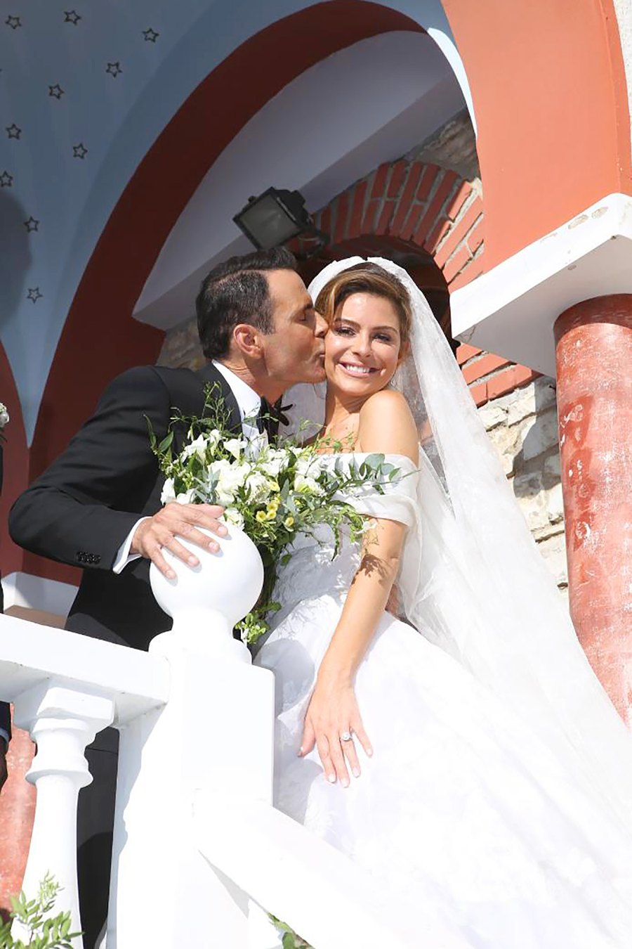 Maria Menounos Marries Keven Undergaro With Second Wedding ...