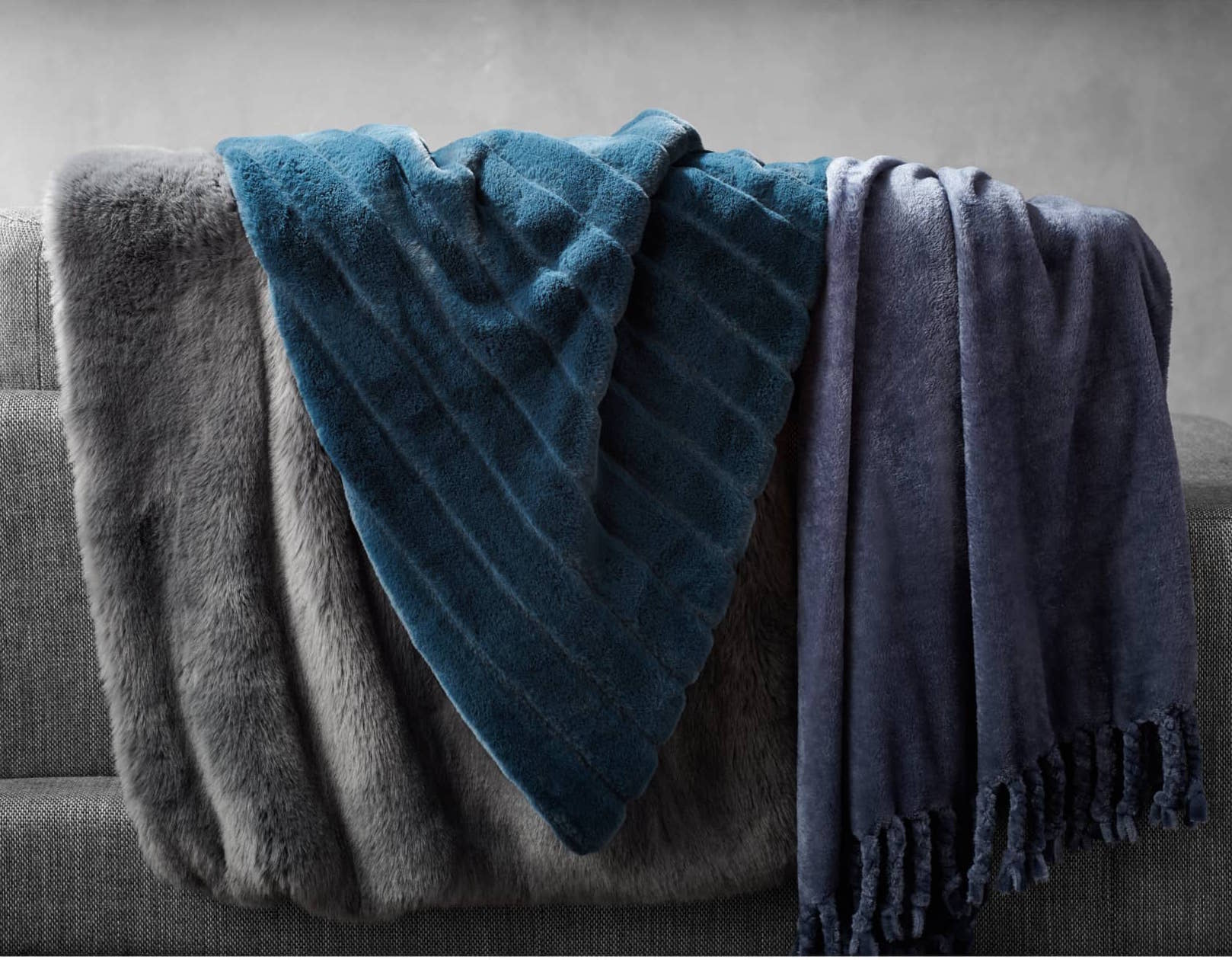 Nordstrom At Home Kennebunk Bliss Plush Throw