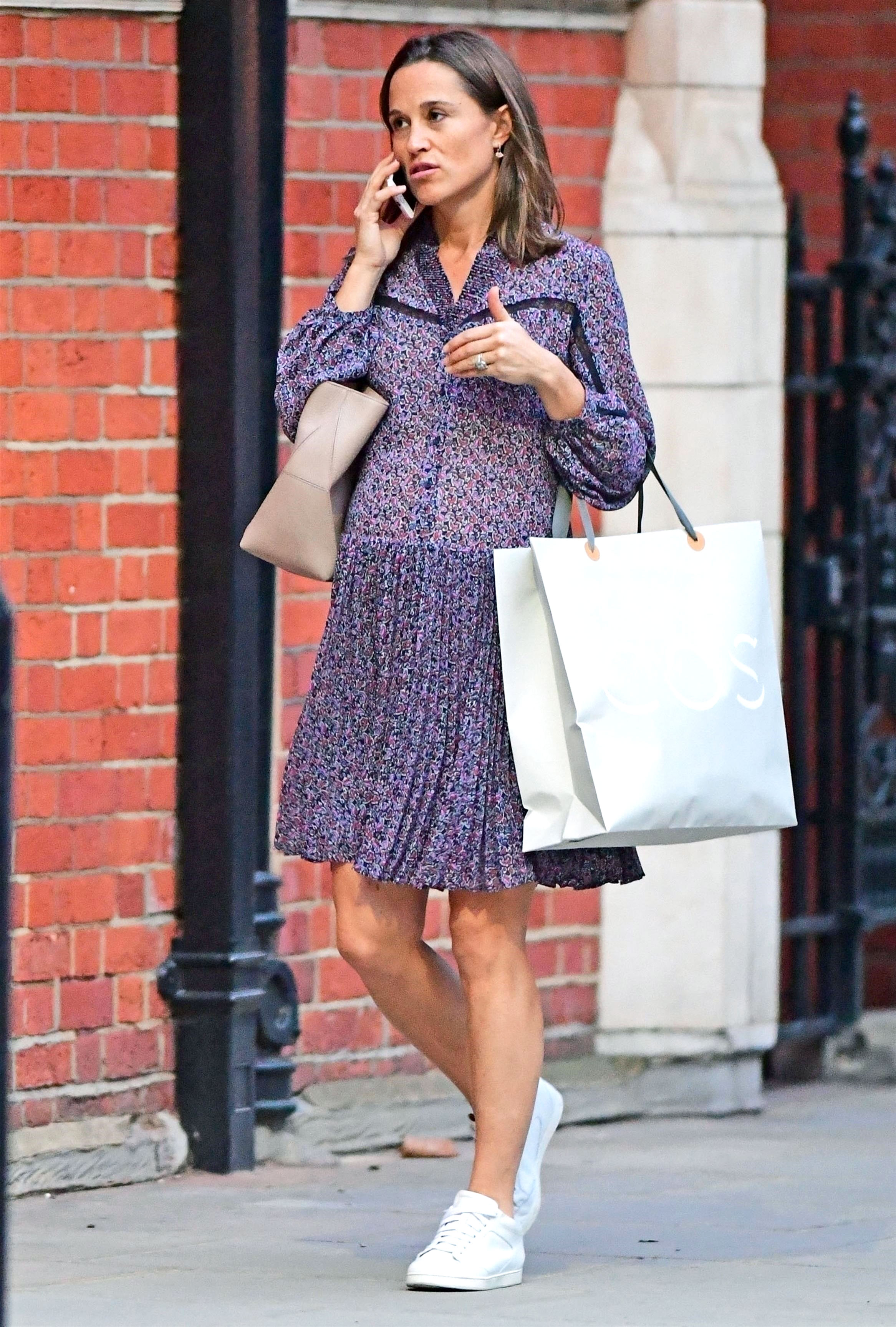 2b2fed9bc1f Pippa Middleton s Best Maternity Outfits