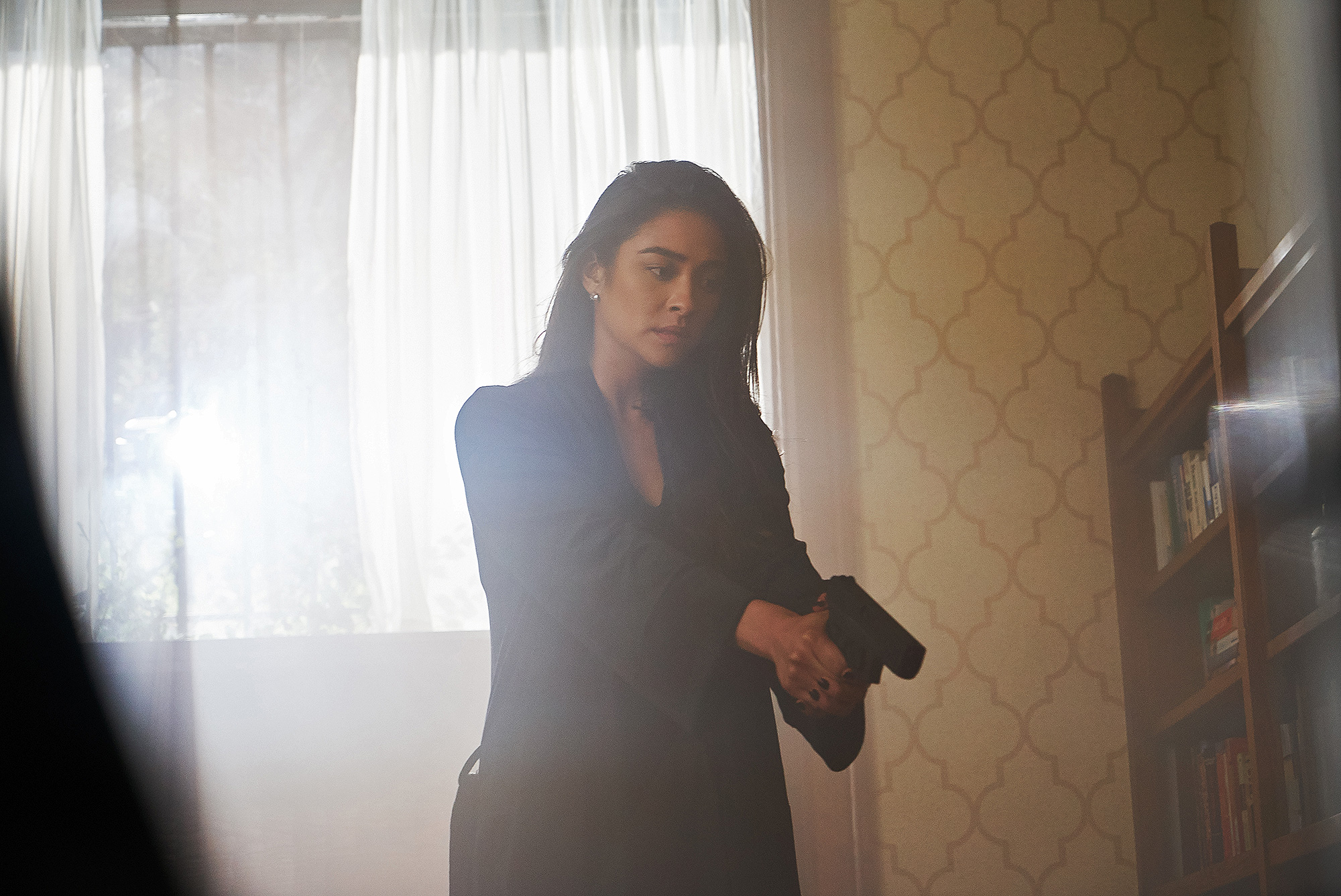 Shay Mitchell, You, Lifetime - Shay Mitchell in 'You' on Lifetime