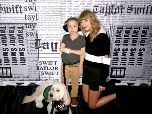 Taylor-Swift-Meets-Little-Boy-Who-She-Helped-Get-Service-Dog