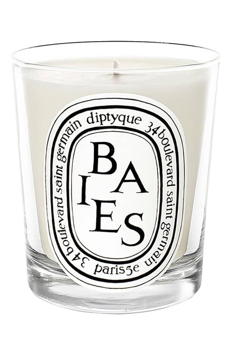baies:berries scented candle