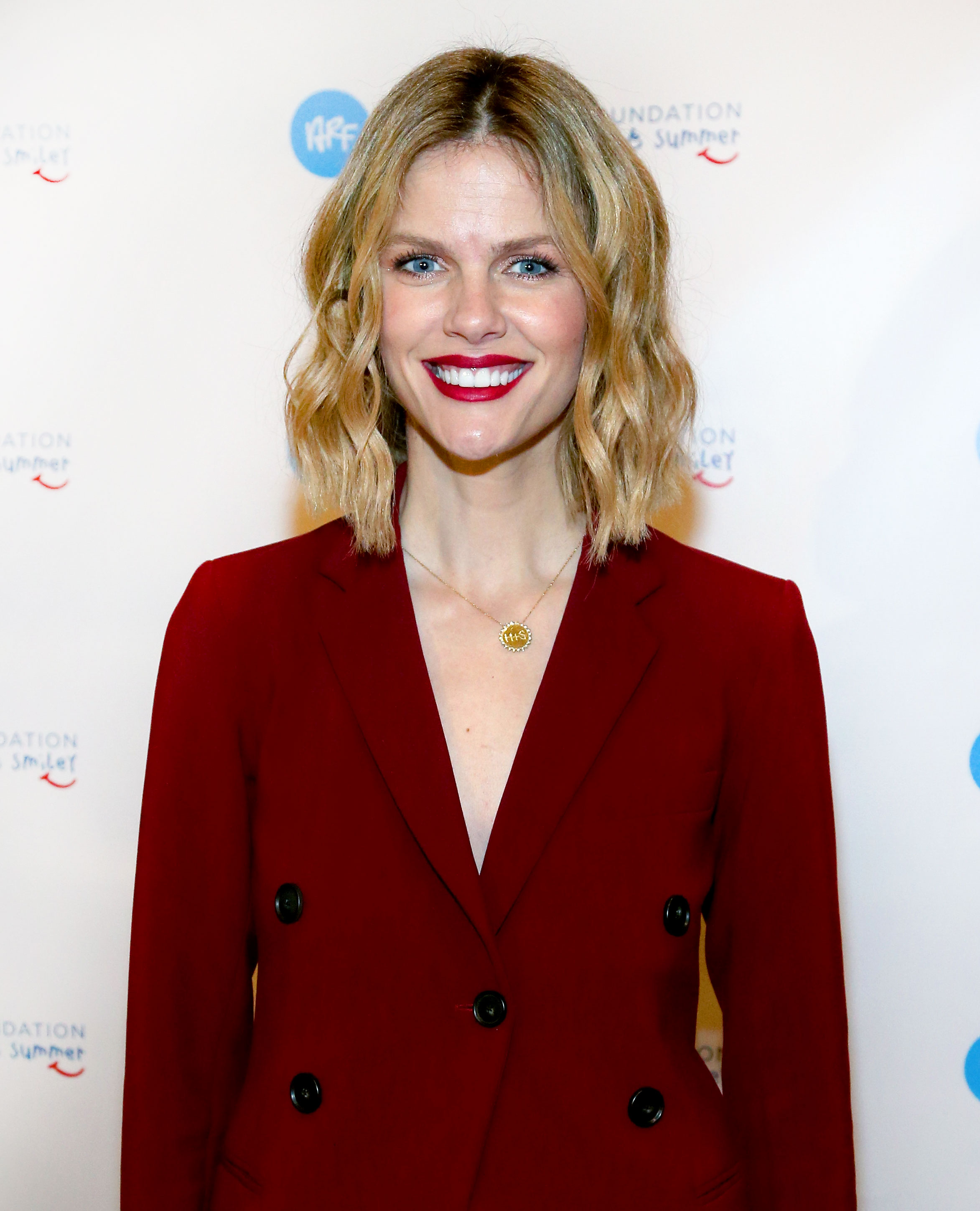 """brooklyn-decker- - AUSTIN, TEXAS – SEPTEMBER 17: Brooklyn Decker attends the """"Roger Federer Comes To Austin event benefitting the Andy Roddick Foundation at the Paramount Theatre on September 17, 2018 in Austin, Texas. (Photo by Gary Miller/Getty Images)"""
