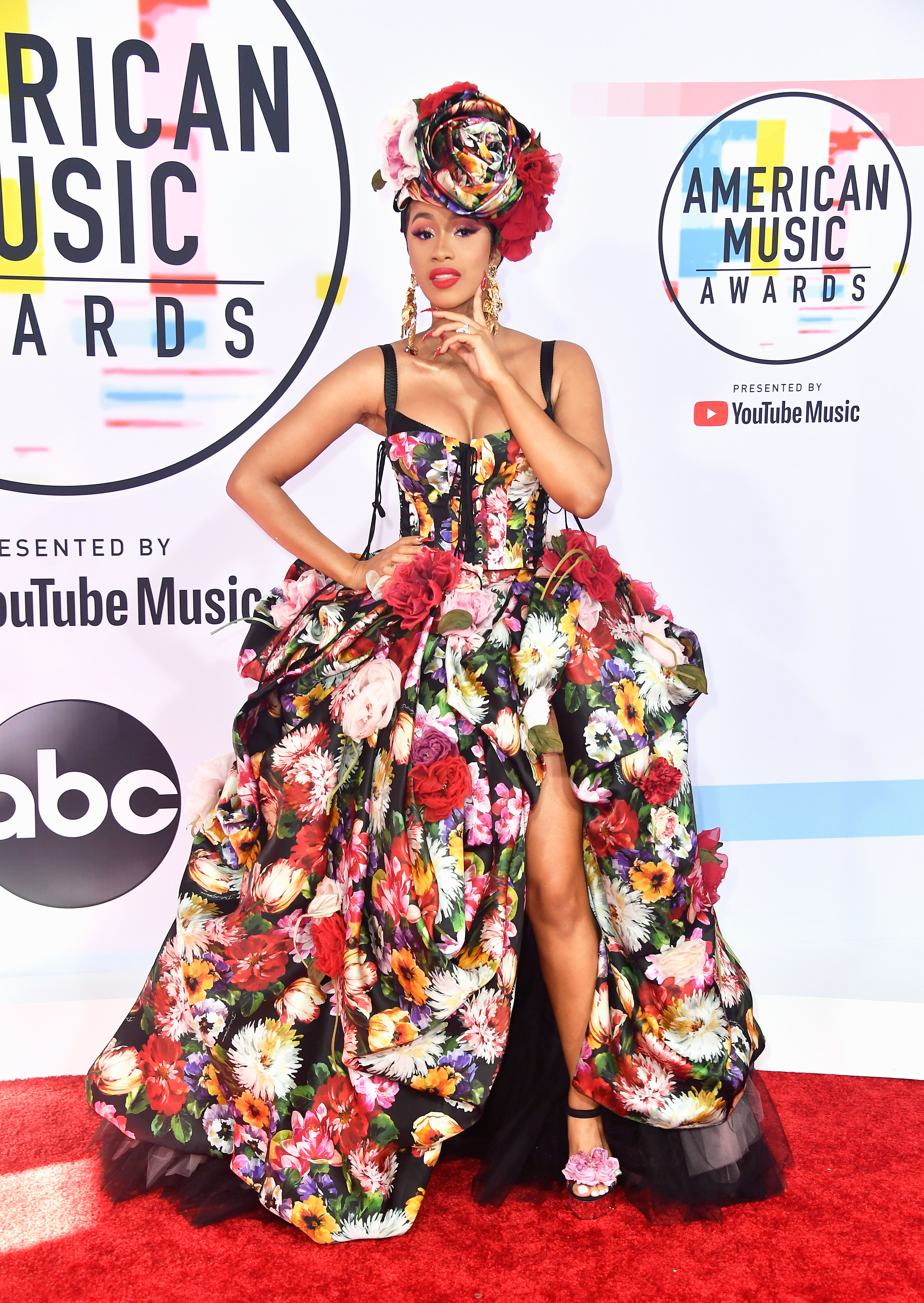 Music American awards red carpet style forecast to wear for winter in 2019