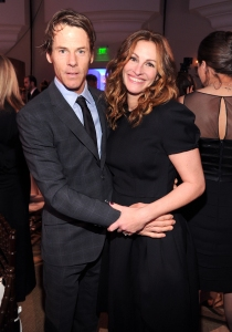 Julia Roberts Details Taking Summer Off to Spend With Family: We 'Were Free as Birds'
