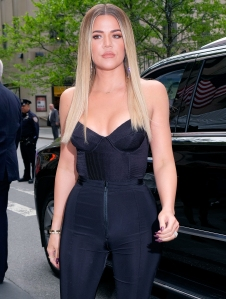 Khloe Kardashian Says She's 'Still Standing' in Cryptic Post: 'Keep Going'