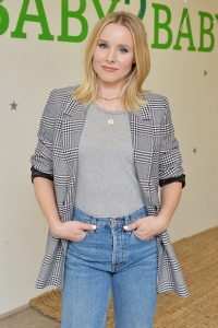 Why Kristen Bell Thinks 'Snow White' Sends Children the Wrong Message About Consent