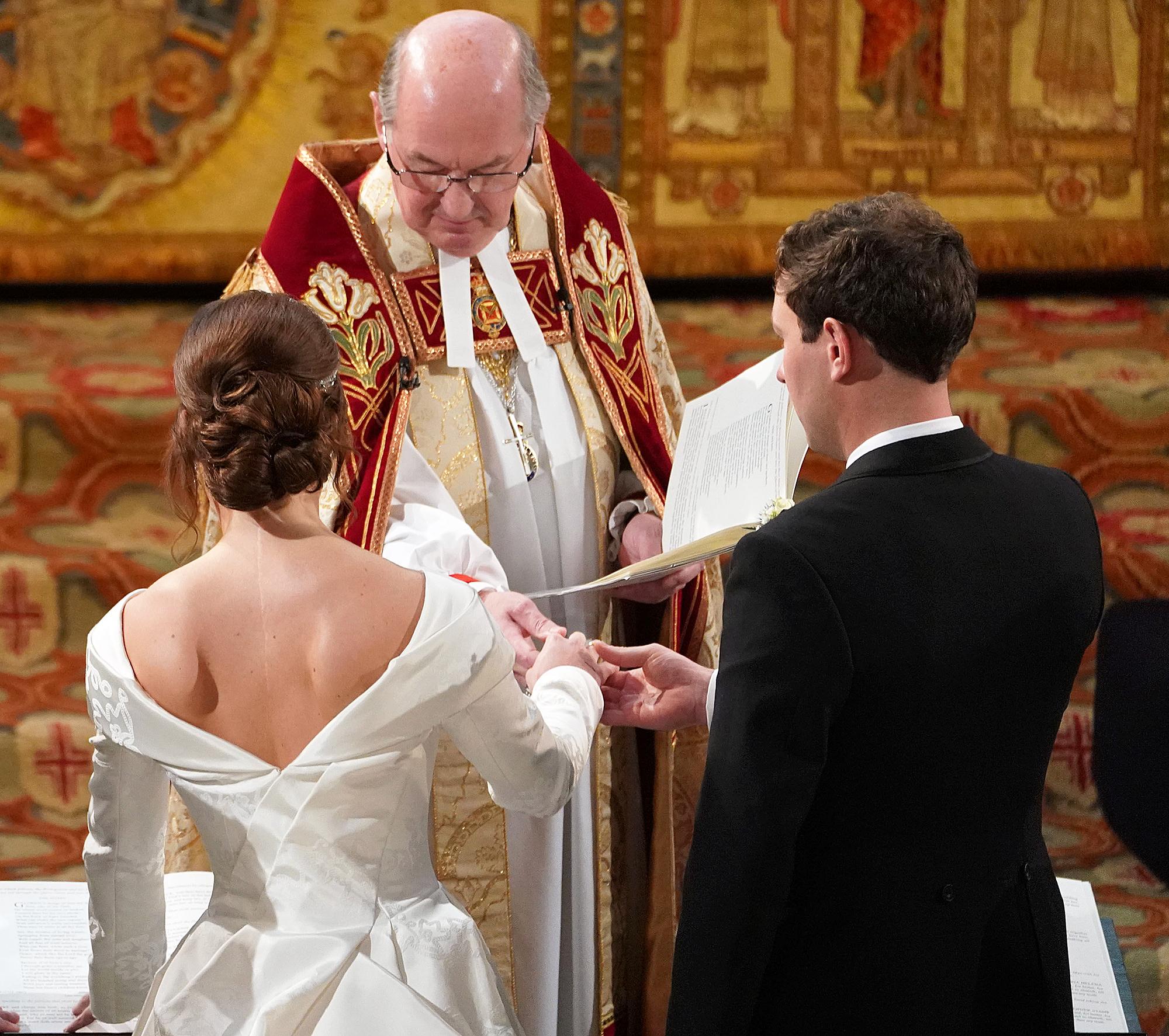 Princess Eugenie Back Scar Royal Wedding