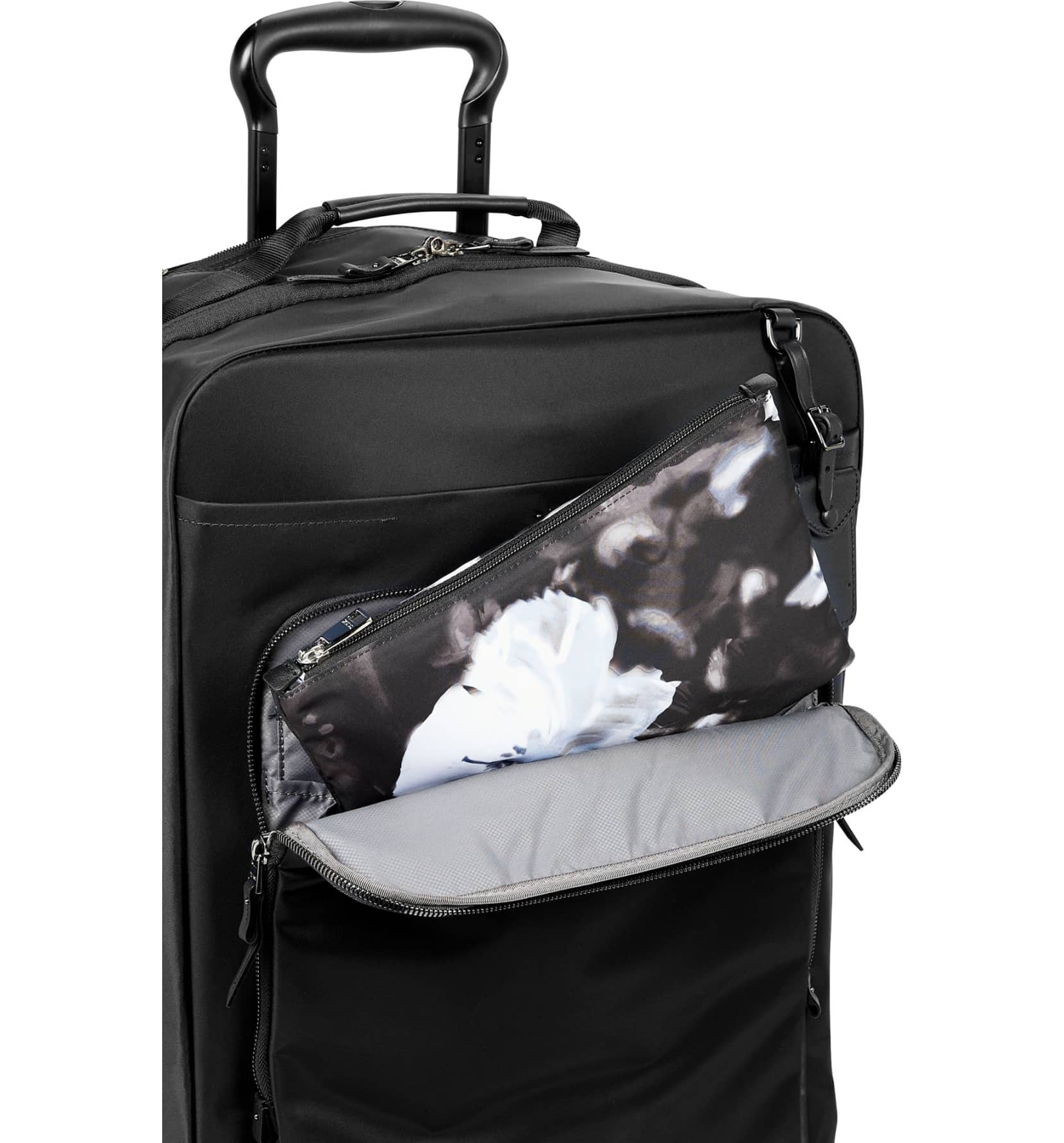 shop this expandable travel bag for your fall getaways. Black Bedroom Furniture Sets. Home Design Ideas