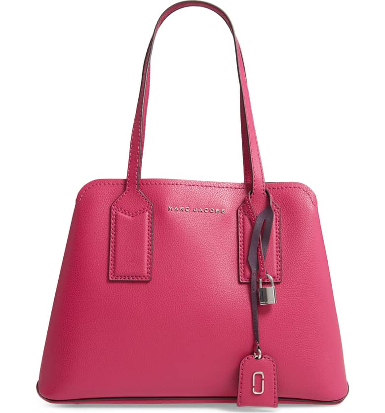 3d30e7723a8 Cyber Monday Deal: This Sleek Marc Jacobs Tote Bag is 40 Percent Off