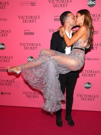 A First Look at Josephine Skriver's Engagement Ring