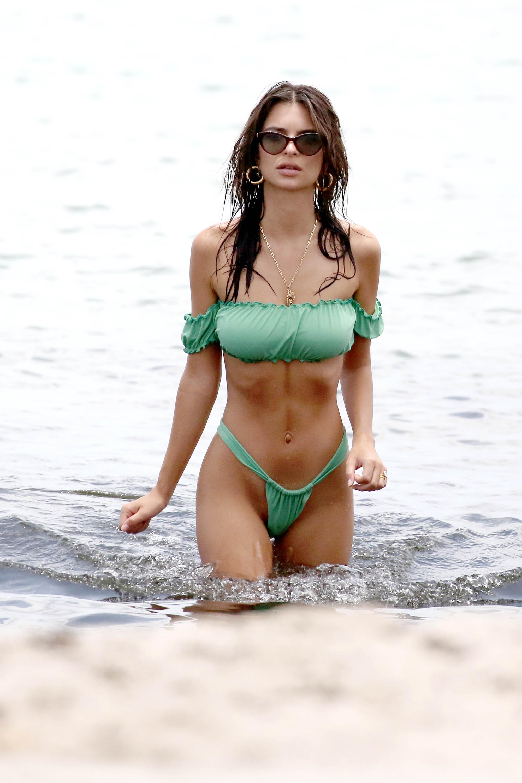Emily Ratajkowski abs - Miami Beach suits her!