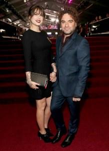 Johnny-Galecki-and-Girlfriend-Alaina-Meyer