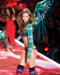 Josephine Skriver Victorias Secret Fashion Show Amazing Butt