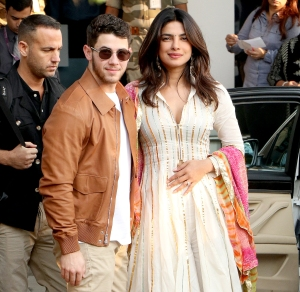 Nick-Jonas-and-Priyanka-Chopra-wedding-gifts