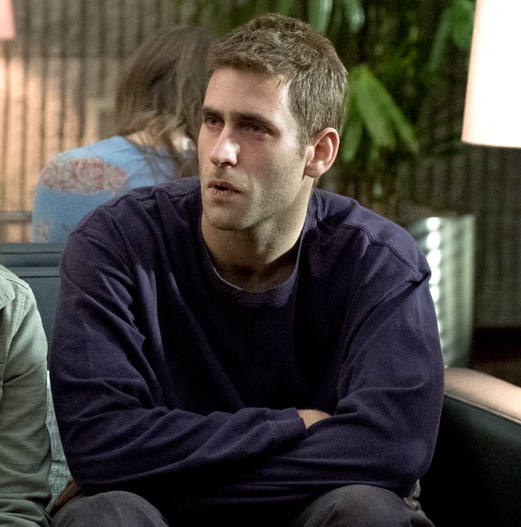 Oliver-Jackson-Cohen-Haunting-of-Hill-House - Let's be honest: the cast of The Haunting of Hill House could have filled this entire gallery. Jackson-Cohen is not new to the industry, but when he transformed into Luke Crain, he turned into something different: an addict with a huge heart.