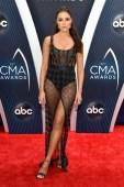 Olivia-Culpo-CMA-Awards-18