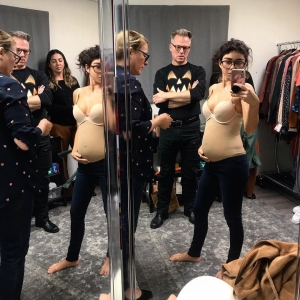 Sarah Hyland Shows off Baby Bump for 'Modern Family'