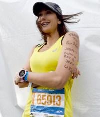 Teri-Hatcher-nyc-marathon
