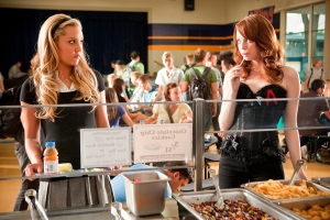 Amanda Bynes and Emma Stone in Easy A