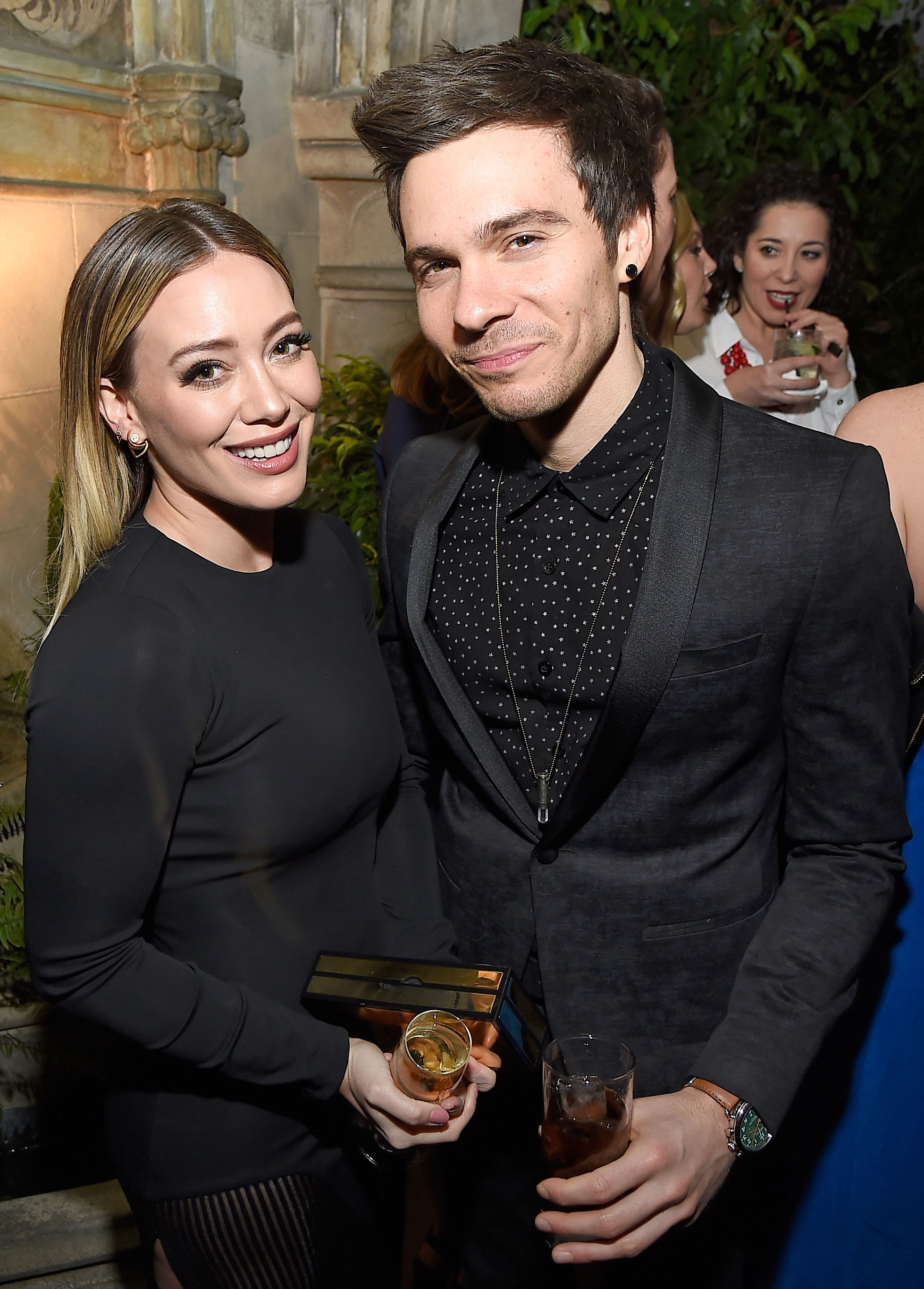 Hilary Duff Matthew Koma - The Younger actress and Koma made their red carpet debut at a pre-SAG Awards party.