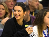 kendall jenner cleveland cavaliers game