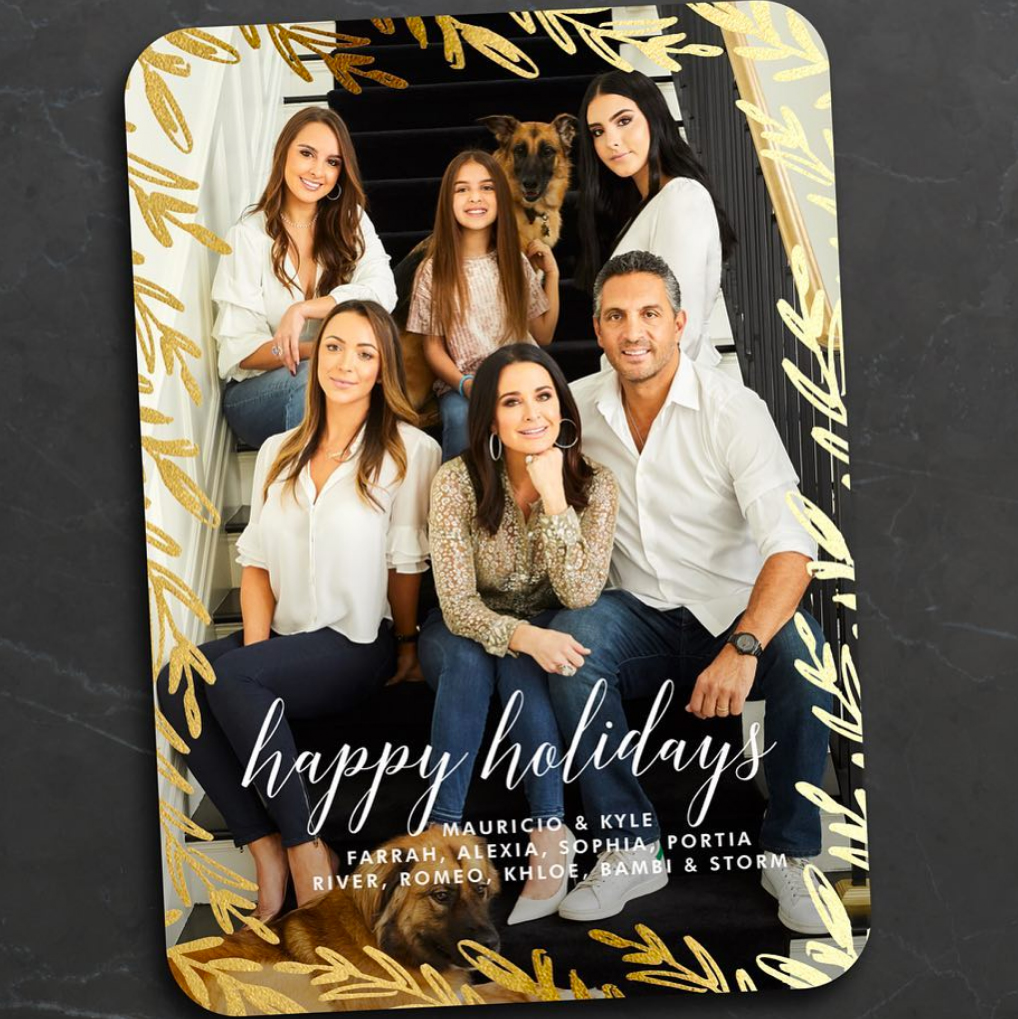 kyle-richards-holiday-card - Seasons greetings from the 90210! Richards and her husband, Mauricio Umansky, posed with their daughters, Alexia, 22, Sophia, 18, Portia, 10, and the Bravo star's daughter, Farrah, 30, whom she shares with ex-husband Guraish Aldjufrie.