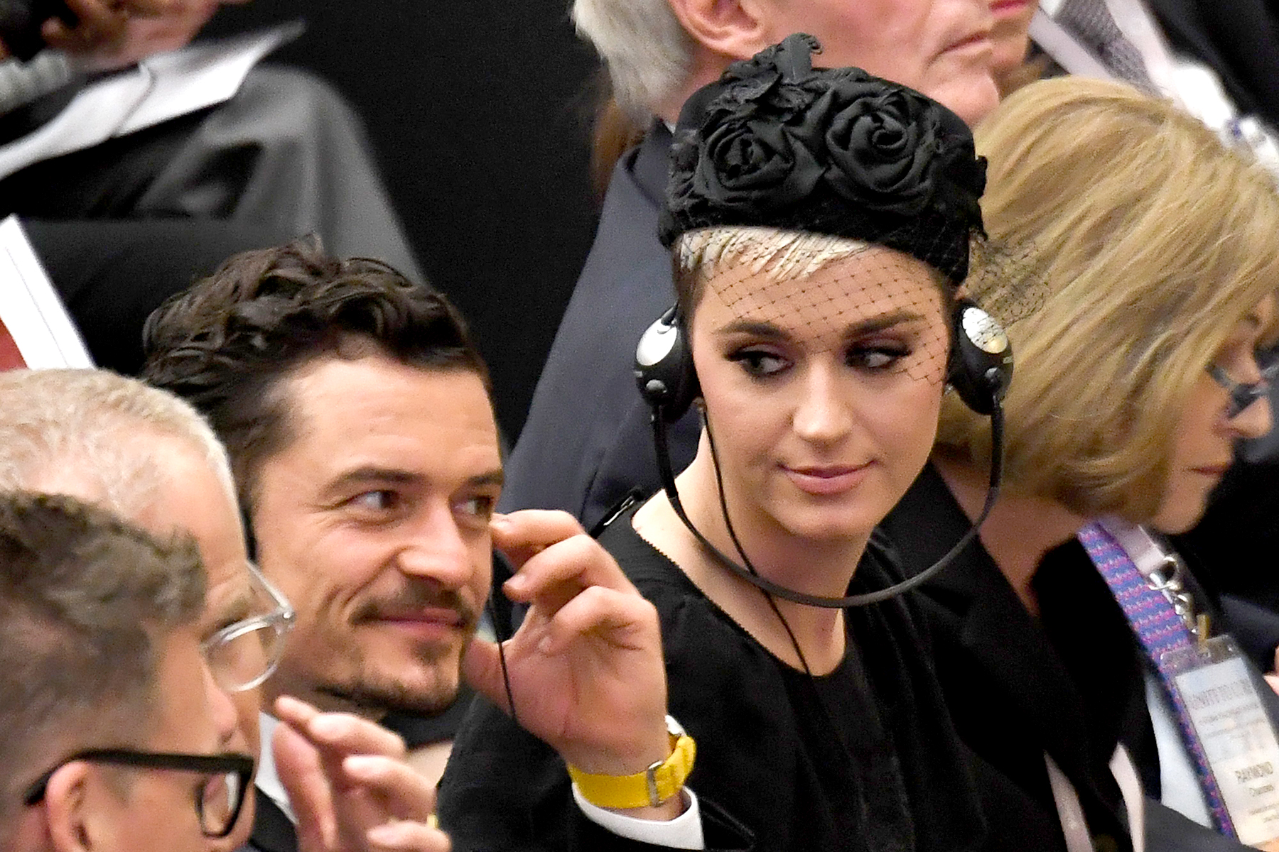 """pope katy perry orlando bloom - Perry and Bloom met Pope Francis during the United to Cure conference at the Vatican in Italy. Earlier in the day, she called the actor her """"darling"""" on Instagram."""