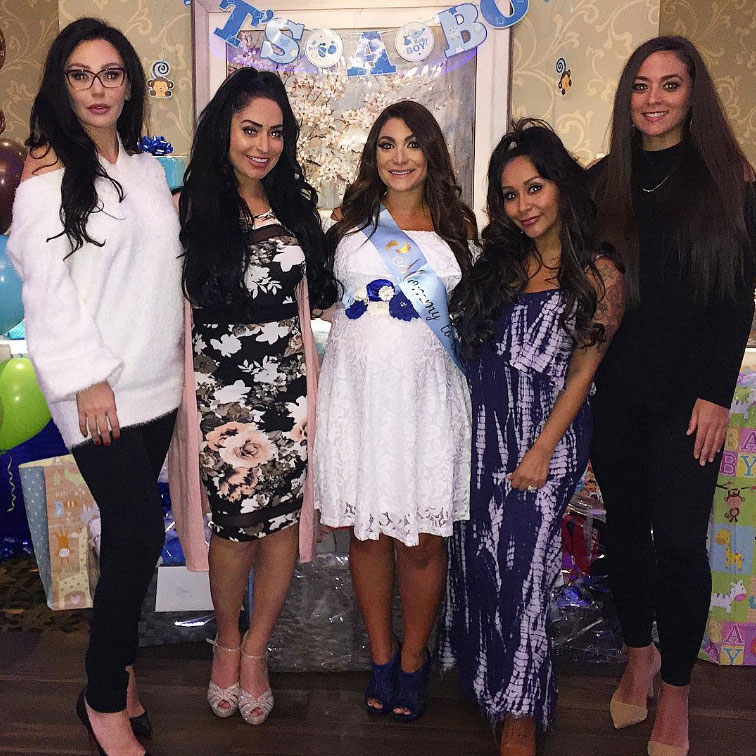 """Sammi Giancola Jersey Shore Deena Cortese - Sammi """"Sweetheart"""" Giancola reunited with her Jersey Shore castmates for Deena Cortese's baby shower on November 3, 2018. Paul """"DJ Pauly D"""" DelVecchio wrote in the comments of a photo: """"I miss Sam."""""""