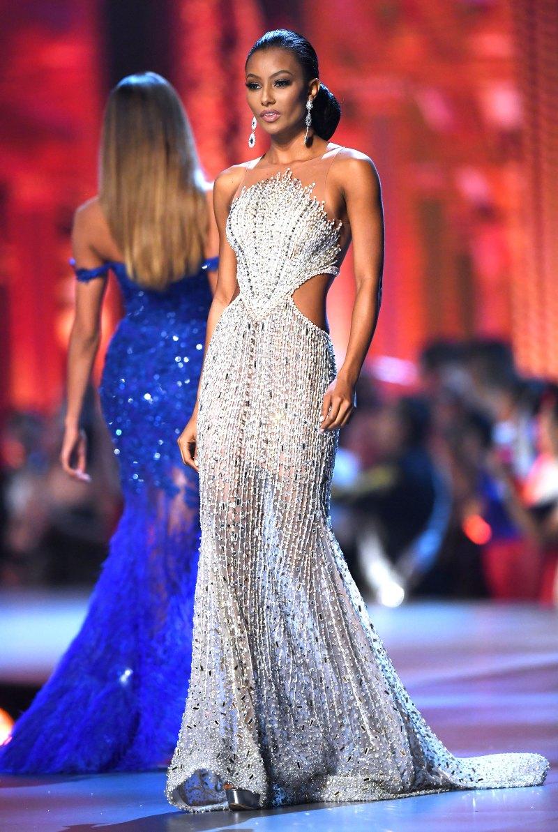 FASHION PHOTO REVIEW: MU 2018 TRAJES DE GALA - Reinas de Belleza