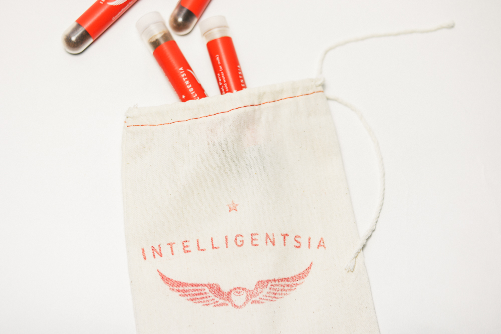 Intelligentsia Coffee Celebration Blend - Keep your loved ones awake this holiday season with the 2018 edition of Intelligentsia's annual holiday blend, which celebrates the origins of coffee. This year's offering combines two lots from coffee's birthplace in Ethiopia with a third from Kenya to evoke the flavors of the season: tangerine, dried cranberry and ginger.
