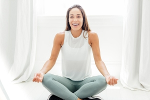 Master SoulCycle Instructor Charlee Atkins Gives Us a Genius 10-Minute Stretch Routine
