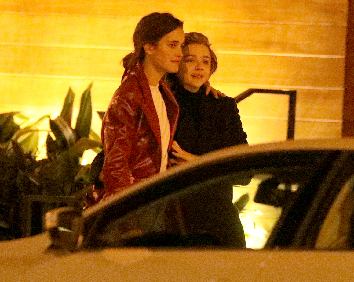 Chloe-Grace-Moretz-kissing-Kate-Harrison - EXCLUSIVE: ** PREMIUM RATES APPLY ** Actress Chloe Moretz is spotted kissing and making out with model, Kate Harrison, after a dinner date in Malibu Monday. Chloe, who had an on-off relationship with Brooklyn Beckham for three years, and Harrison were staying in a rental pad on the Pacific Coast Highway.