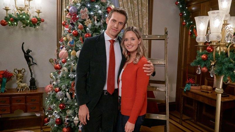 Hallmark Lifetime Netflix 11 Must Watch Christmas Movies Of 2018