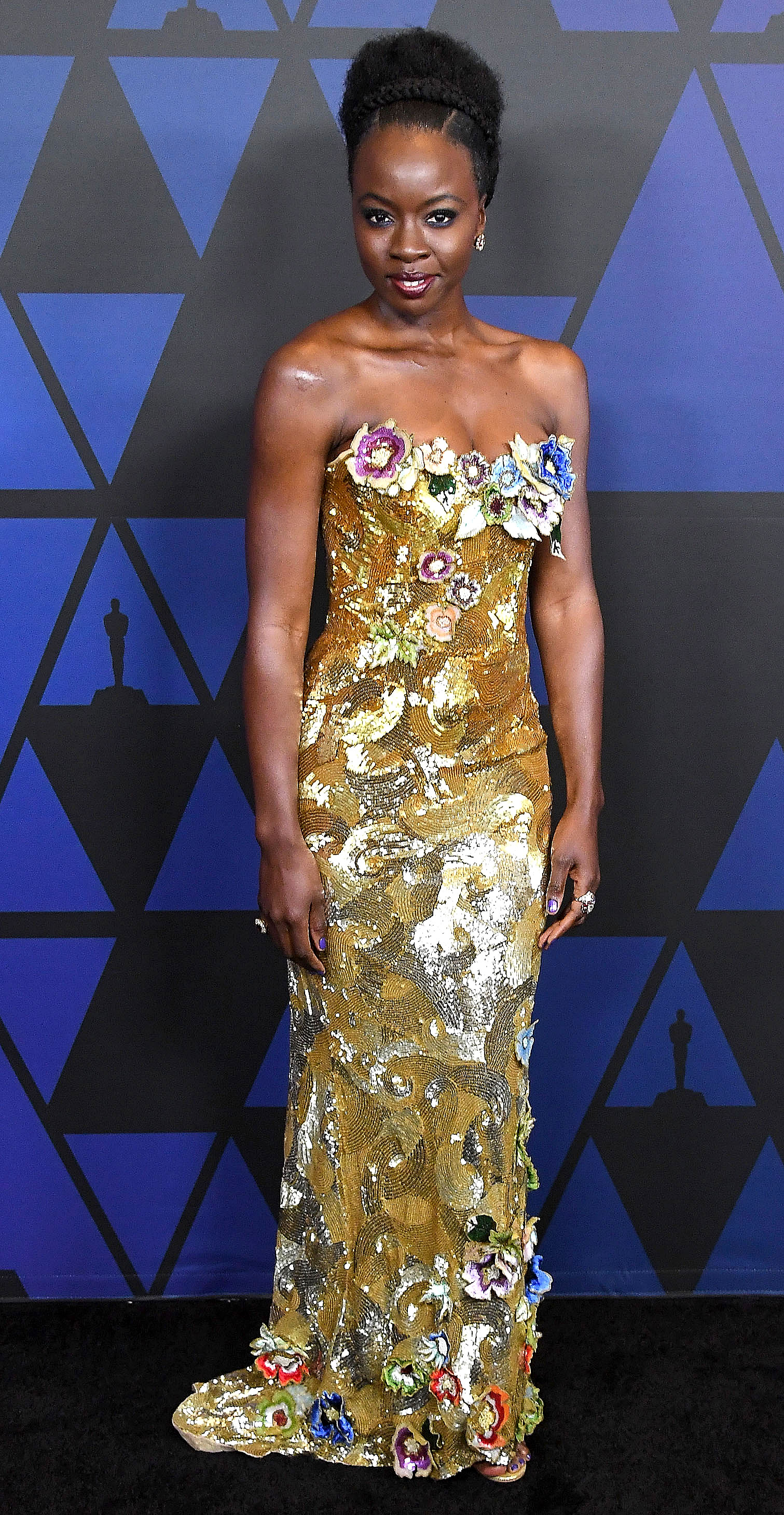 "Stars Tell Us How They're Staying Healthy This Holiday Season - Danai Gurira 's advice for avoiding the dreaded December pounds is refreshingly simple: ""When you feel like you're eating too much, just throw some gum in your mouth and just keep chewing,"" the Walking Dead star, who has teamed up with Johnson & Johnson for her ""Make HIV History"" initiative, told Us November 28. ""It might alleviate how much you're consuming sometimes."""
