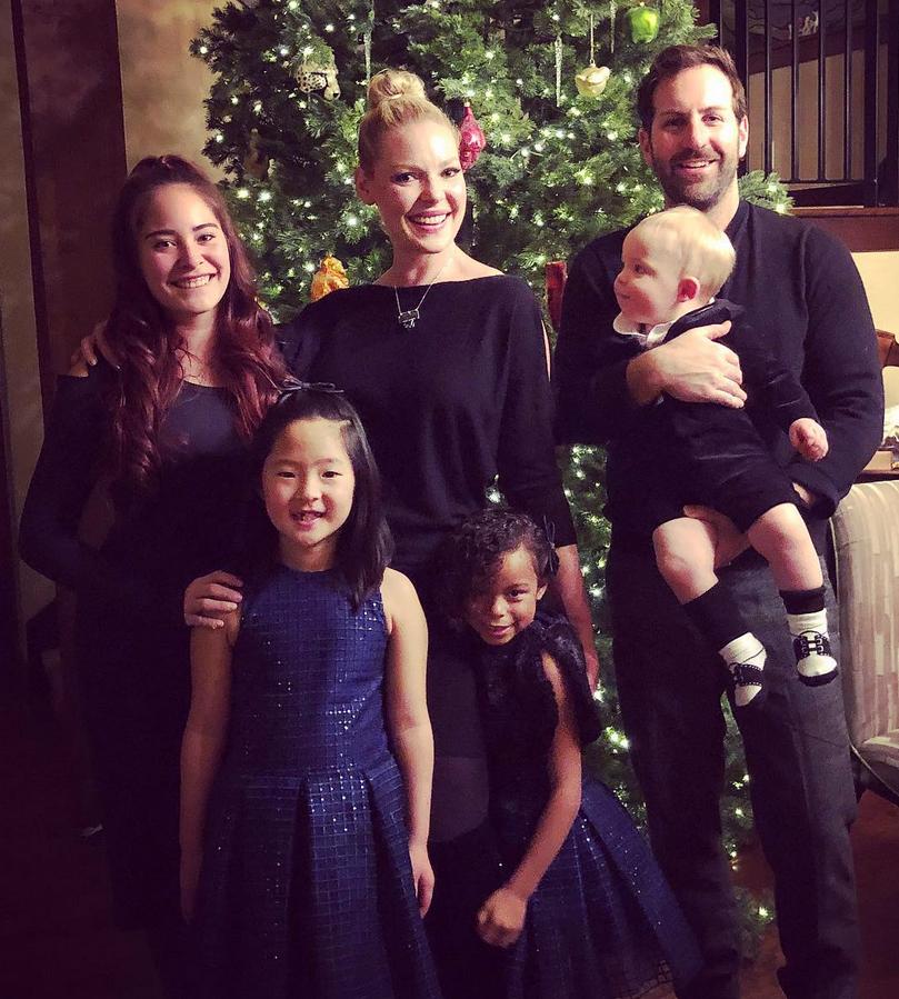 Katherine-Heigl-and-Josh-Kelley-family-3