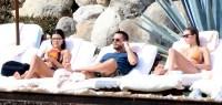 Kourtney-kardashian-beach-vacation-Scott-Disick-girlfriend-Sofia-Richie
