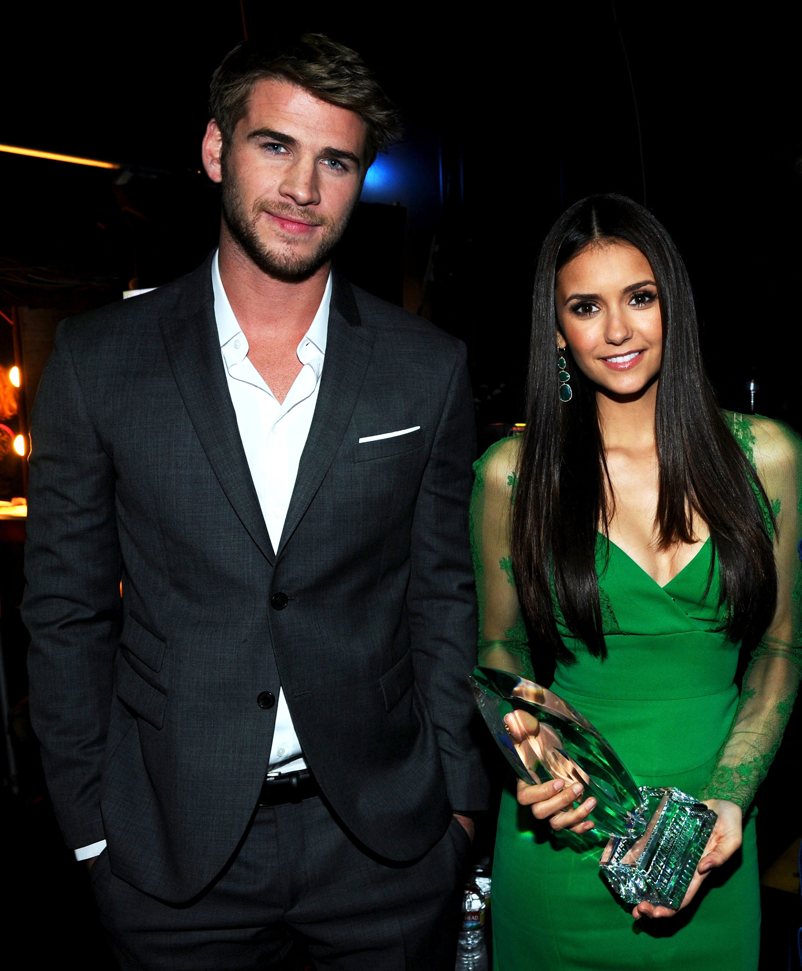 Liam hemsworth dating warning signs youre dating a loser